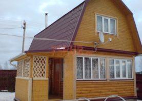 Сруб бани 4 на 6 с ломаной мансардной крышей