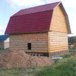 Сруб бани 6 на 6 с ломаной мансардной крышей(3)
