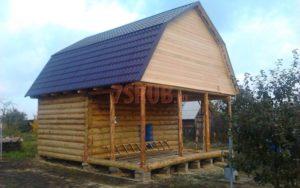 Сруб дома 4 на 6 метров с верандой и ломаной крышей(3)