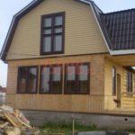 Сруб дома 5 на 5 метров с мансардой и ломаной крышей(3)