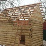 Реализованный сруб бани 3 на 6 с двускатной крышей