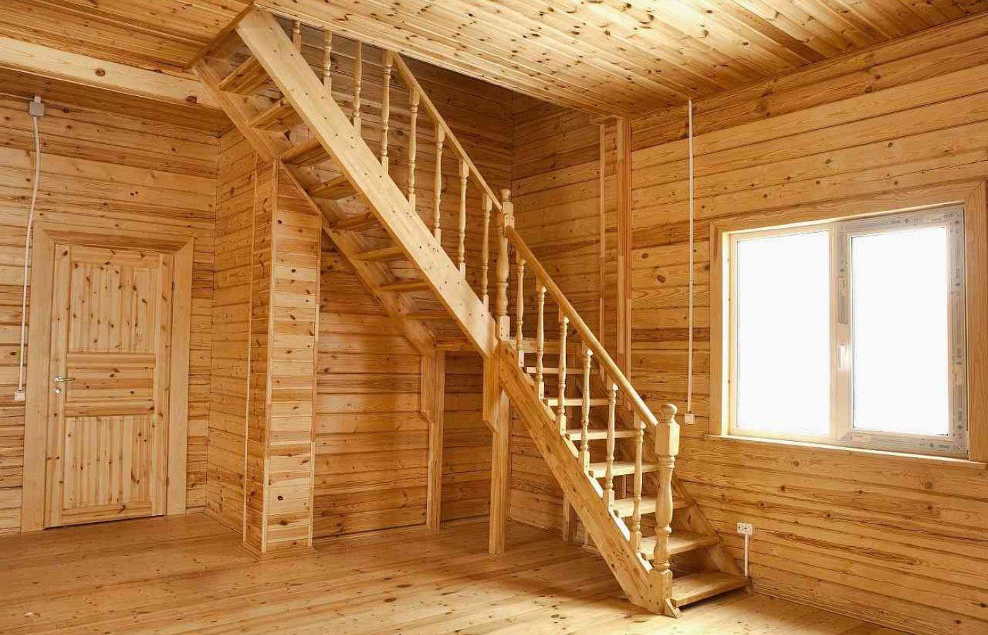 Установка лестницы в деревянном доме своими руками